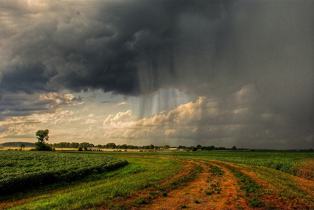 storm-approaching