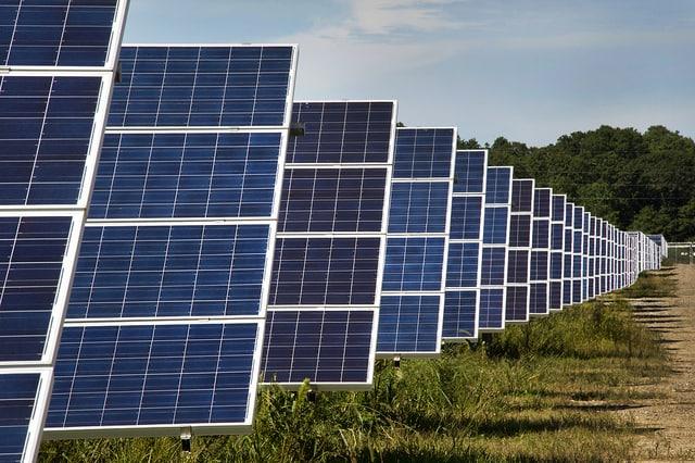 Long_solar_panels