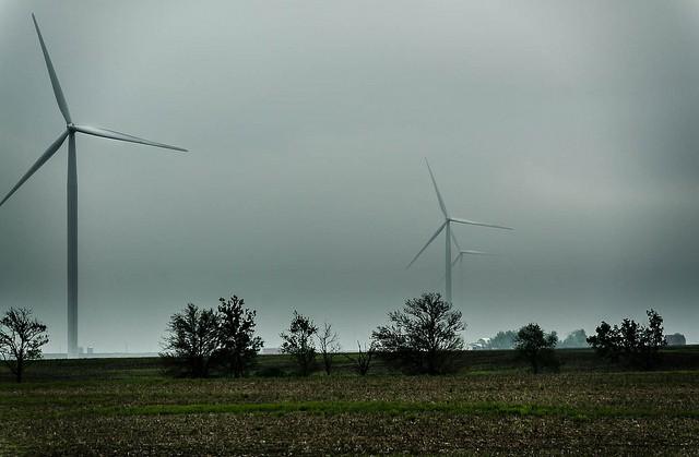 Wind_mills_clouds