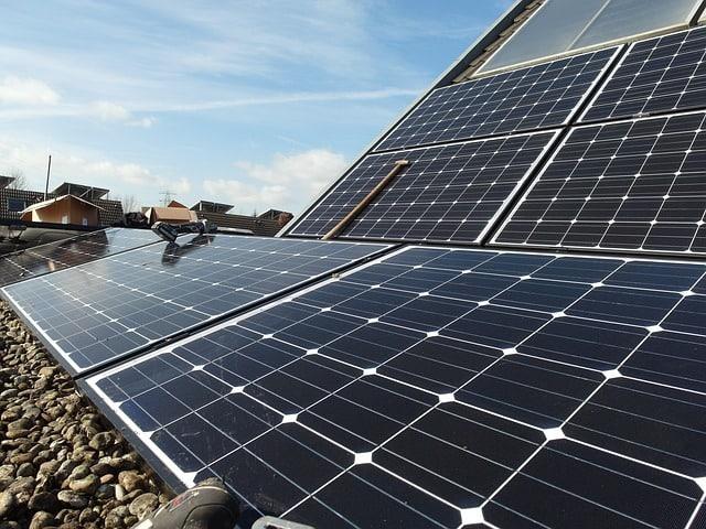 solar-panels-energy-durable-save-solar-roads