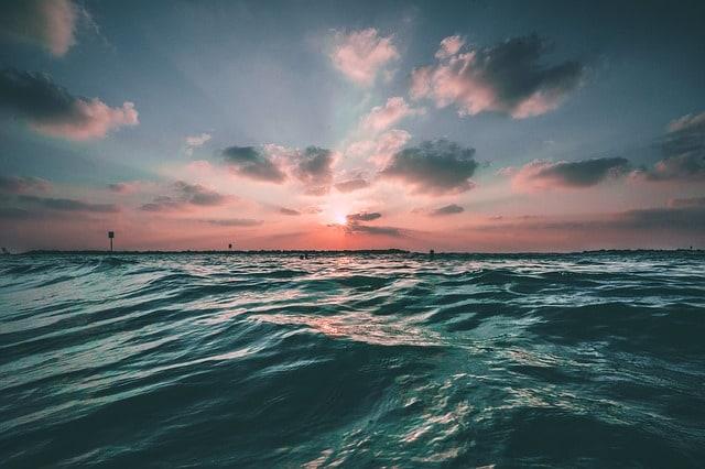 ocean-waves-water-sea-blue-nature