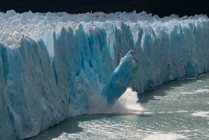 melting-glacier-global-warming