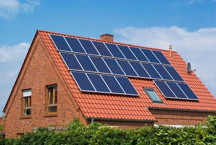 solar-panels-home-green-energy