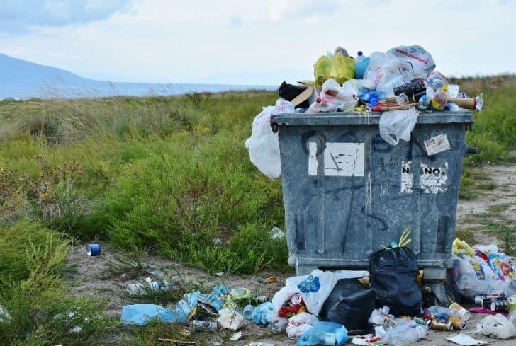 litter-trash-garbage-overflow