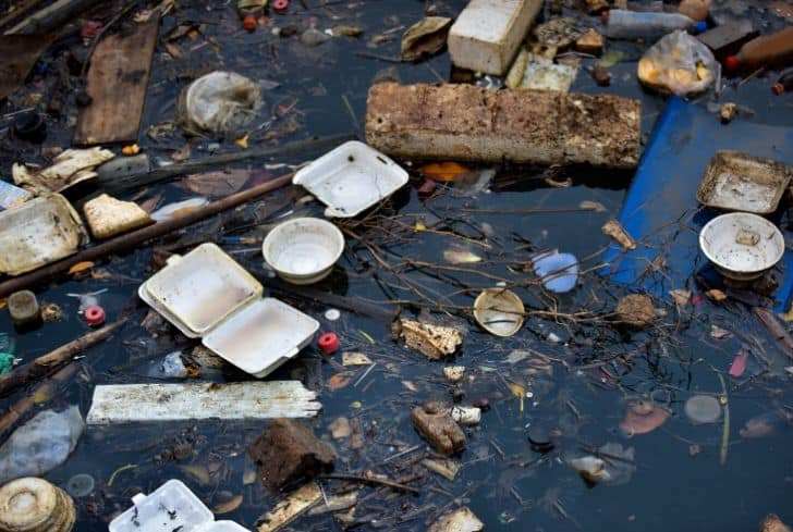 groundwater-pollution-waste-plastic