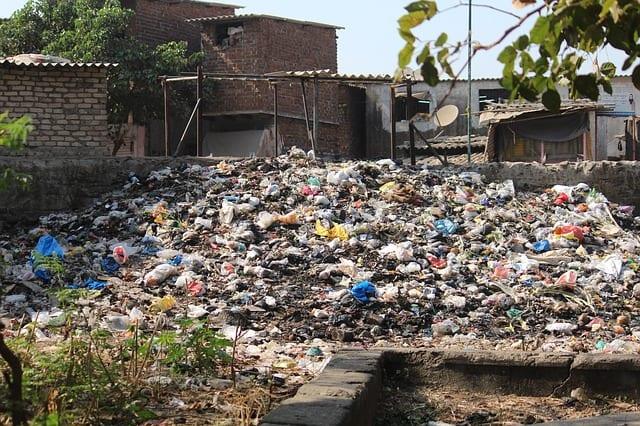 scrap-dirty-trash-dump-dumping