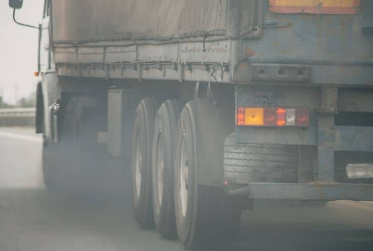 air-pollution-from-truck
